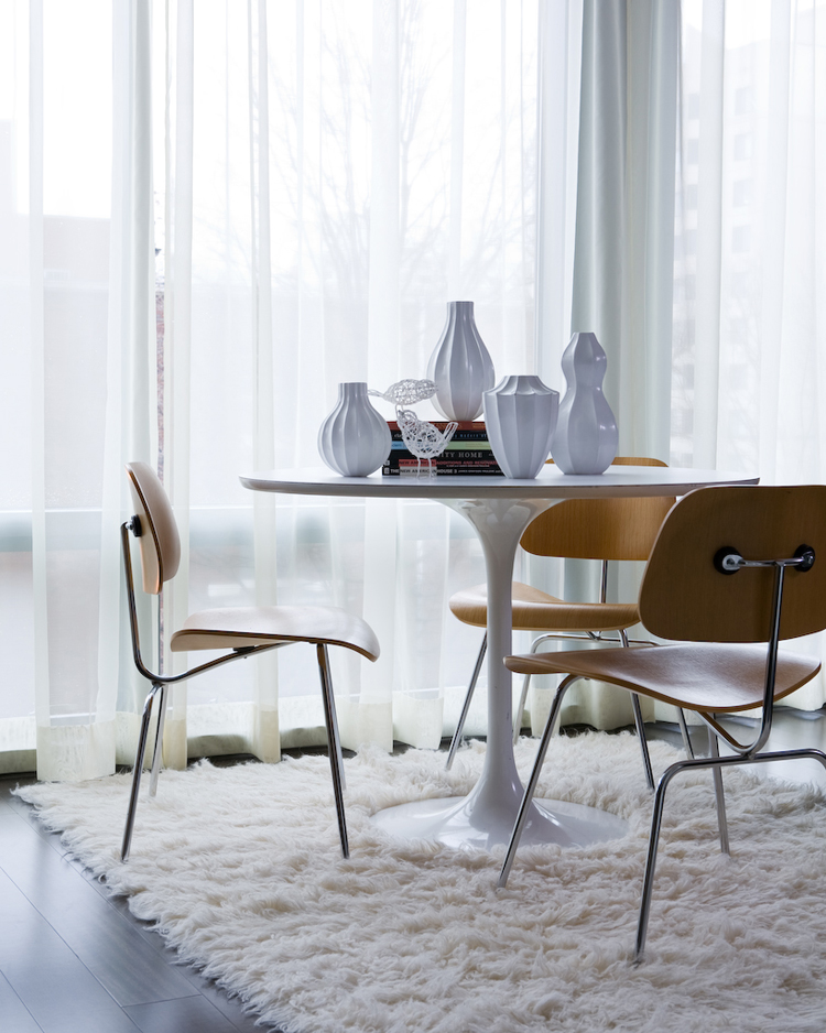 Saarinen tulip table and eames dcm chairs the mid for Mid century modern furniture nashville