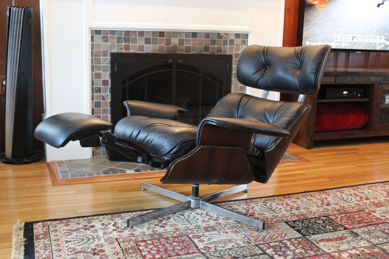 Plycraft lounge with builtin footrest - Plycraft Eames-style Recliner With Built-in Footrest « The Mid